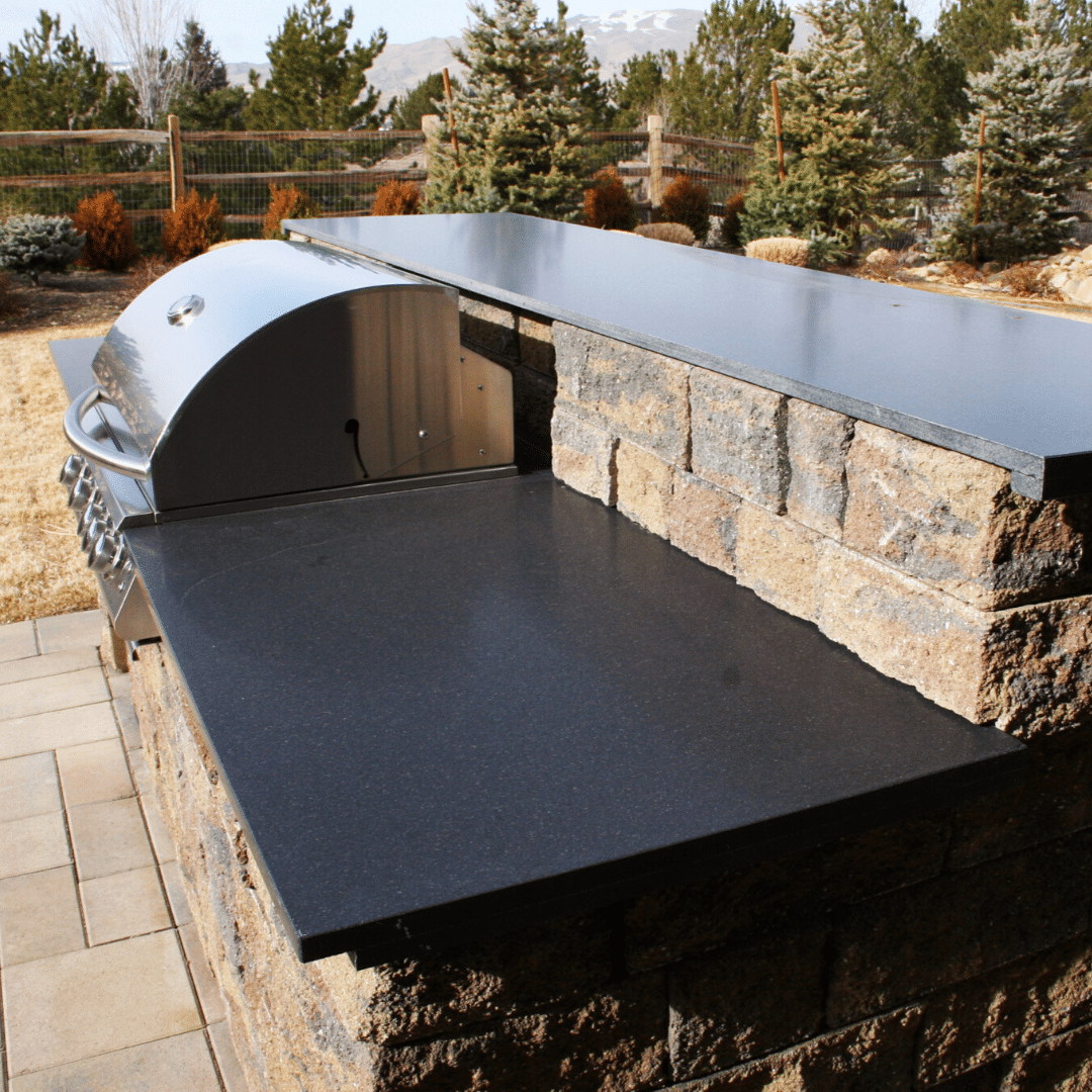 outdoor kitchen paver hardscape