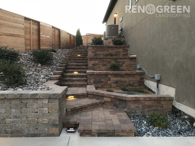 paver retaining wall and steps