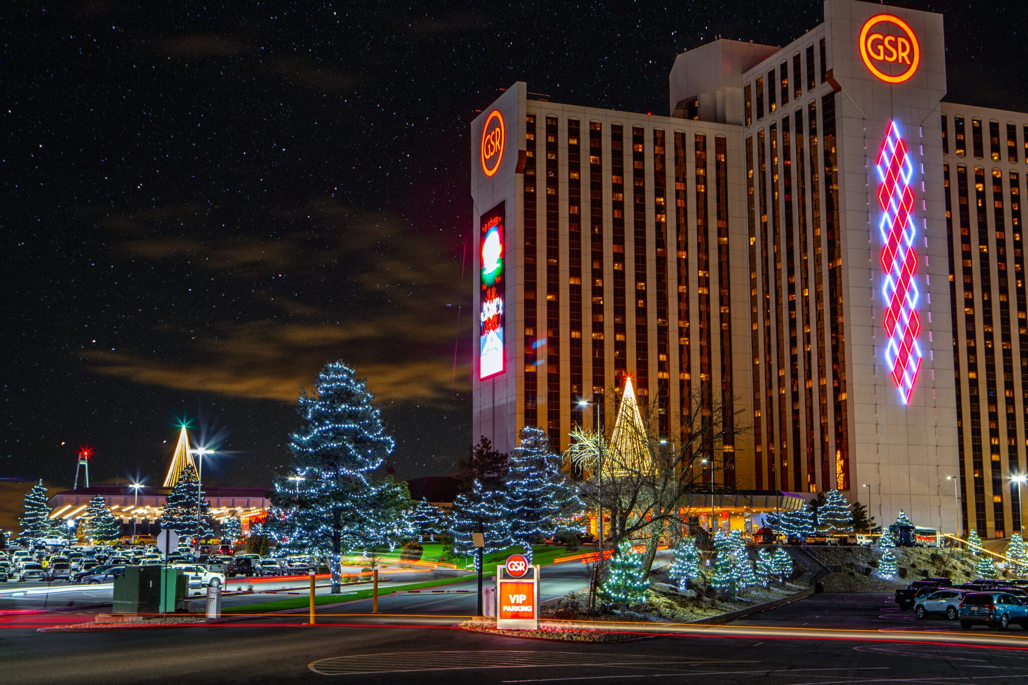 reno holiday light installation