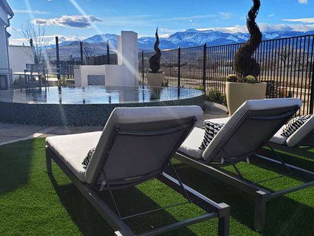 pool side artificial turf