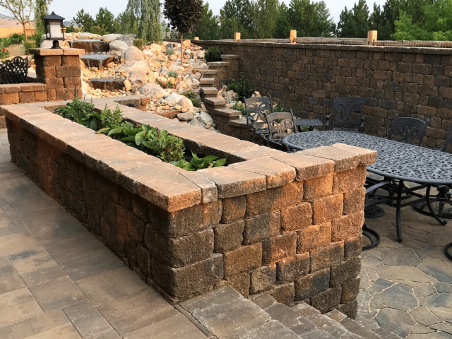 retaining wall and planter paver