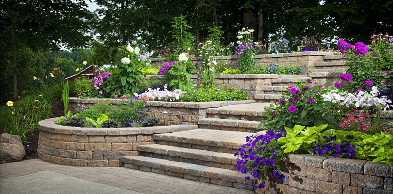 Hardscape Celtik Wall & Steps 002